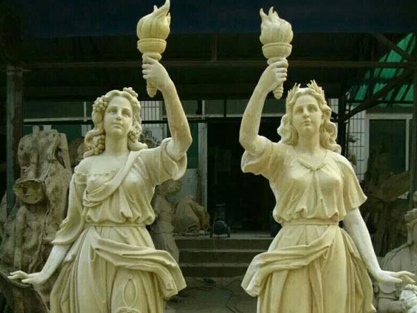 蘭州玻璃鋼人物雕塑
