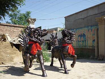 陇南雕塑公司替您揭秘铸铜雕塑的制作方法