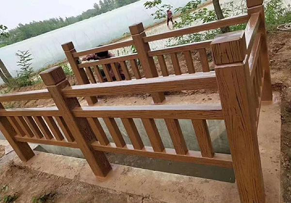 兰州仿木护栏厂家