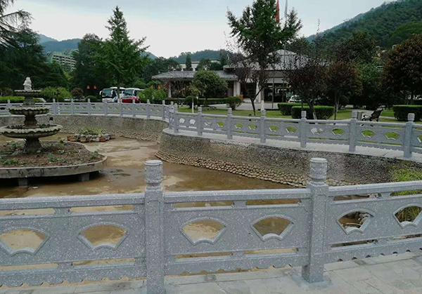 水泥仿石护栏