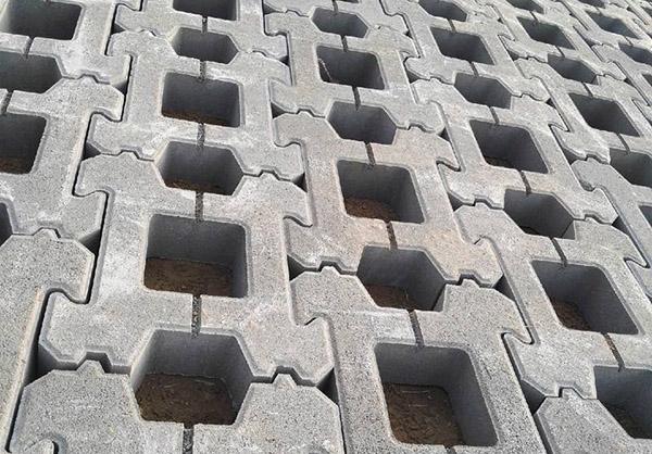 工字型护坡砖施工