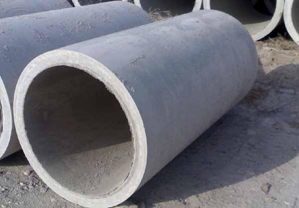 保护水泥排水管道在施工时不受损坏的方法