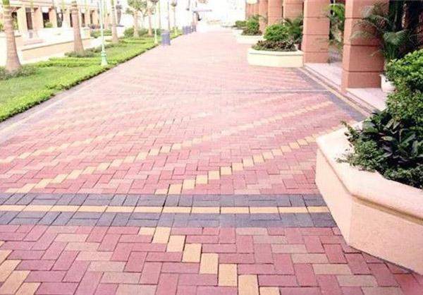生态陶瓷透水砖在路面建设中的应用