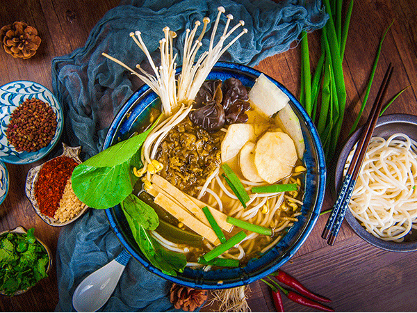 酸菜火锅米线
