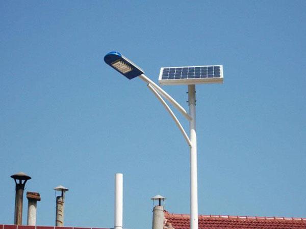 led太阳能路灯批发多少钱一套
