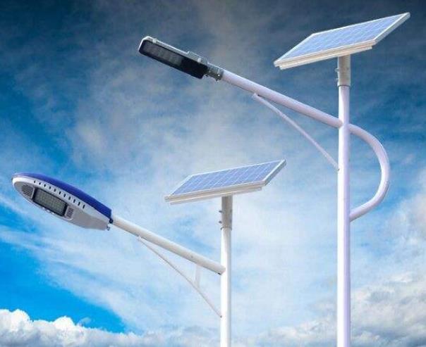 选择led太阳能路灯技巧