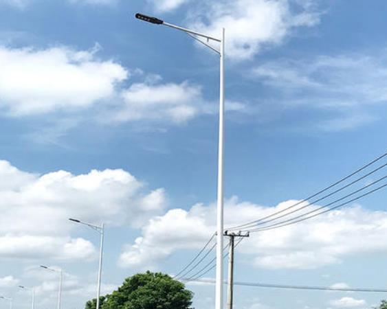 陇南太阳能路灯厂家阐述太阳能路灯配置计算方法