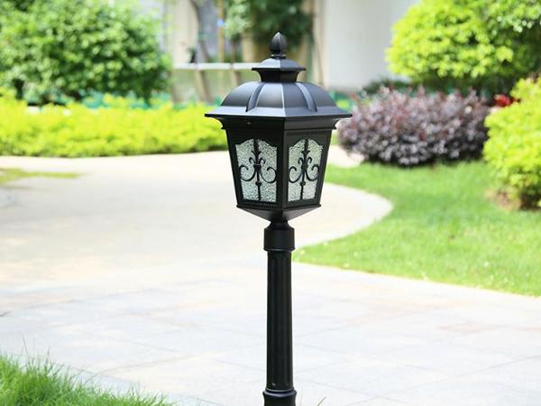 太阳能庭院灯批发和您介绍一下庭院灯的介绍与不同的风格