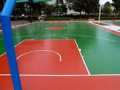 光亮整洁的pvc塑胶篮球场