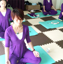 专业指导产后瑜伽