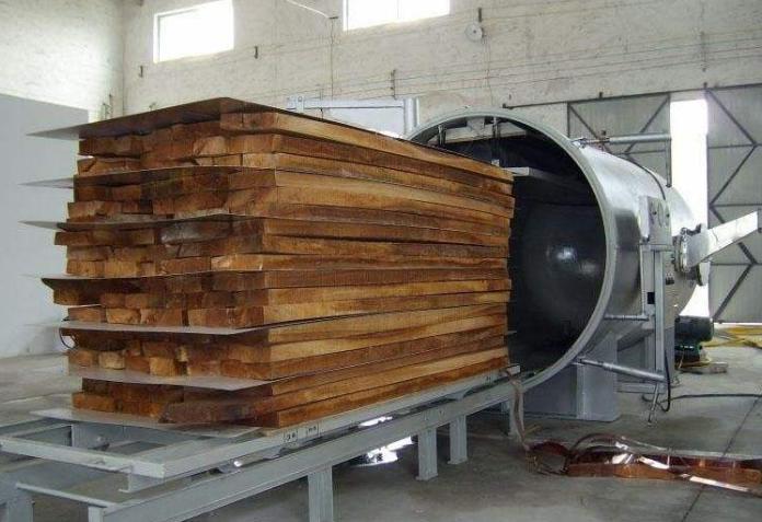 木材烘干设备在烘干木材时水分的影响有多大