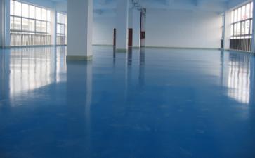 地坪表面有刷痕如何解决