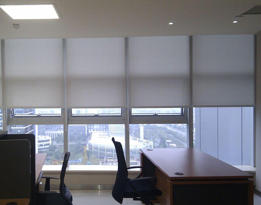 办公室窗帘种类以及选择