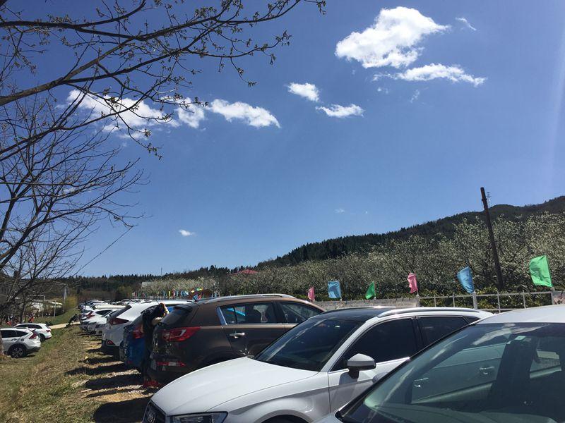 山庄停车场