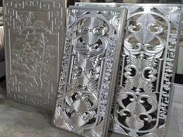 2.0mm氟碳铝单板价格