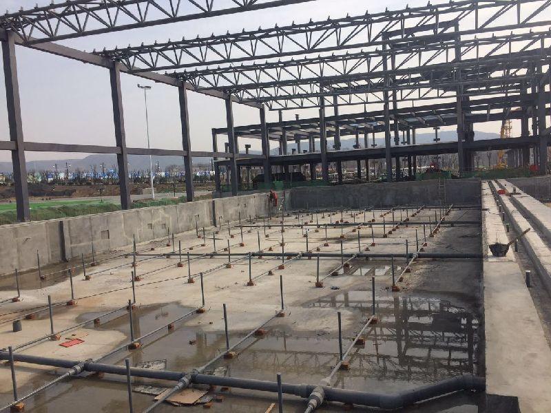 渭南老城区游泳馆正在建设中...