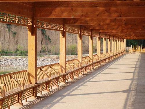 贵州防腐木长廊造型