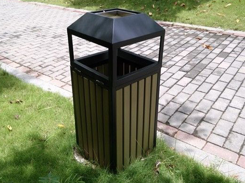 毕节防腐木垃圾箱安装