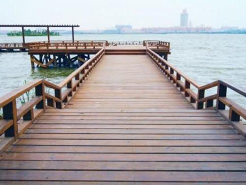 贵州防腐木木栈道设计