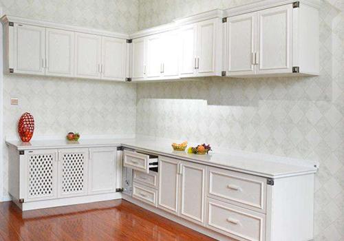 厨房的标准配置必须要有福建全铝橱柜!