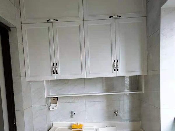 凉台铝合金洗衣柜