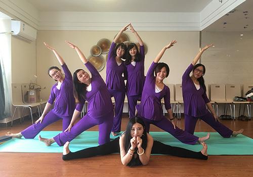 瑜伽训练室