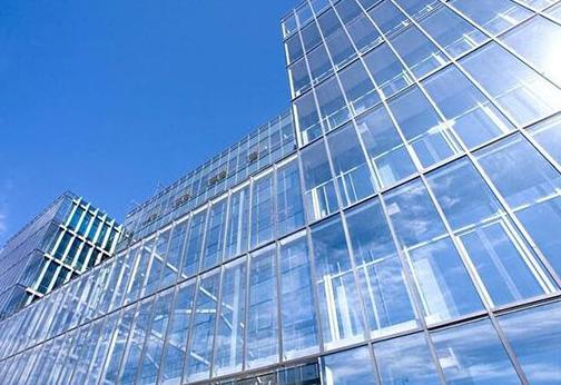 建筑玻璃膜怎么样去贴?应该怎么选择玻璃膜。