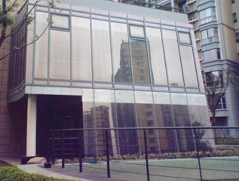 关于建筑玻璃玻璃贴膜是什么