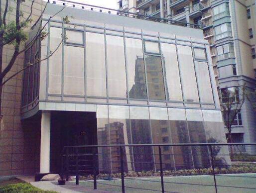 建筑玻璃贴膜如何使用更安全