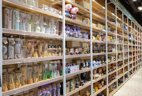 兒童玩具精品貨架