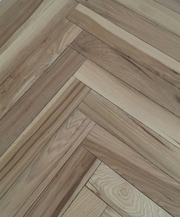 长沙人字拼实木地板
