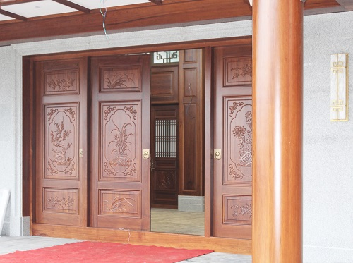 中式原木门