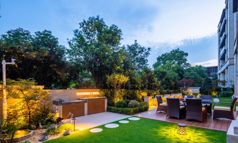 怎么打造一个实用的庭院绿化