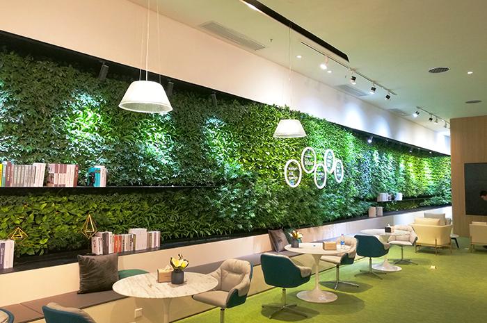 国际未来中心售楼部植物墙