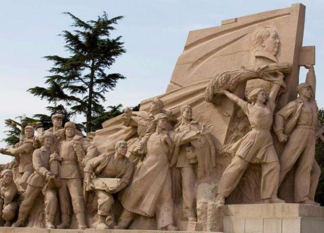 平凉雕塑厂家带您了解雕塑翻模制作方法及步骤