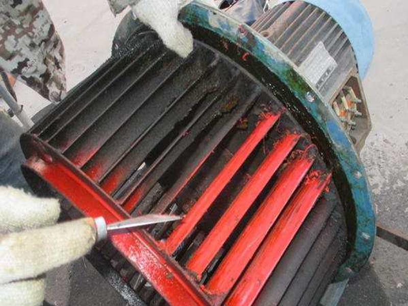 绵阳油烟机清洗浅谈:如何进行抽油烟机的油污清洗