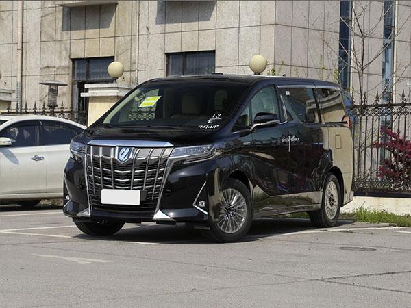 4月7日,綿陽劉先生成功預定租賃5臺商務汽車豐田埃爾法