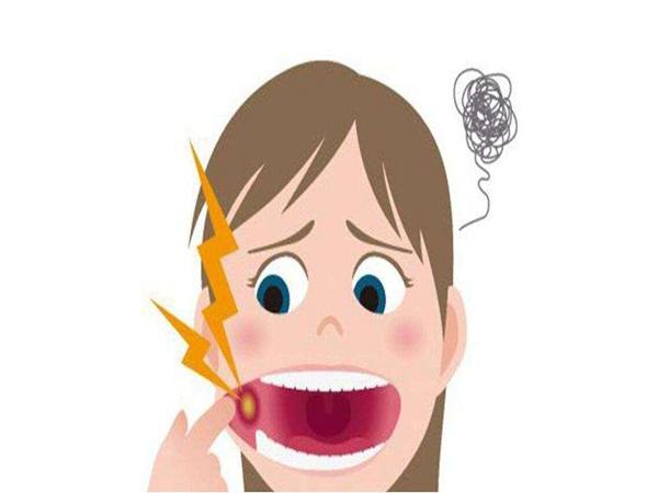 口腔溃疡会引起哪些疾病