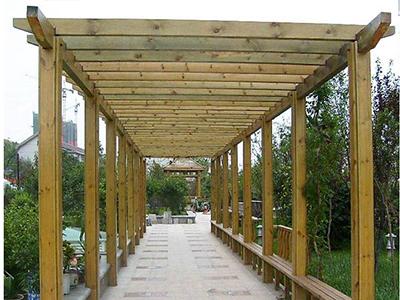 防腐木欄桿與廊架,兩個加分元素