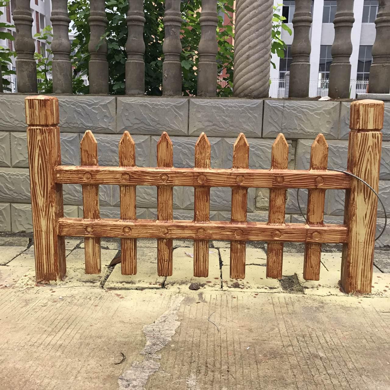 实用的仿木栏杆