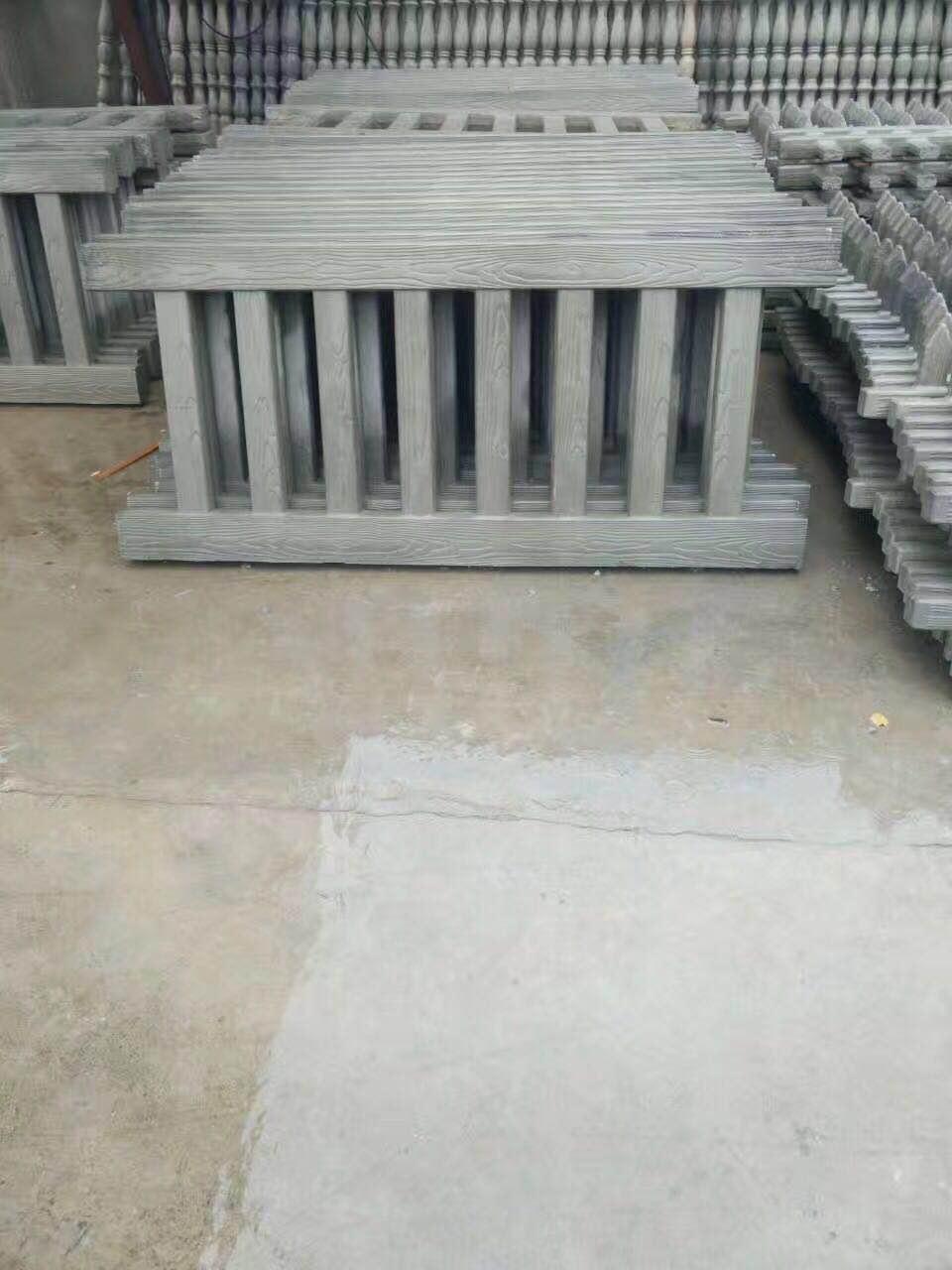 装饰性强的水泥仿木栏杆