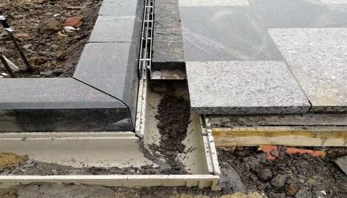 龙湖天街树脂混泥土排水沟案例