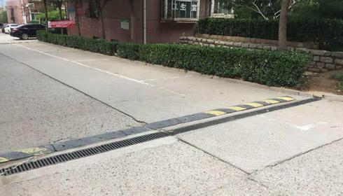 鲁能领秀城排水沟工程案例