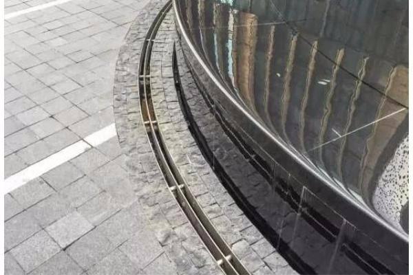 广场线性排水沟