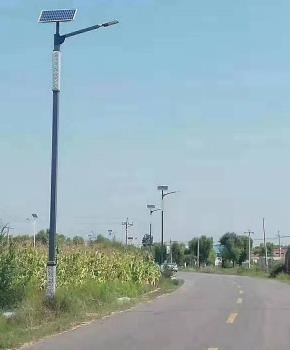 县道照明使用光能路灯