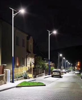 道路照明工程选择三陆极光光能路灯