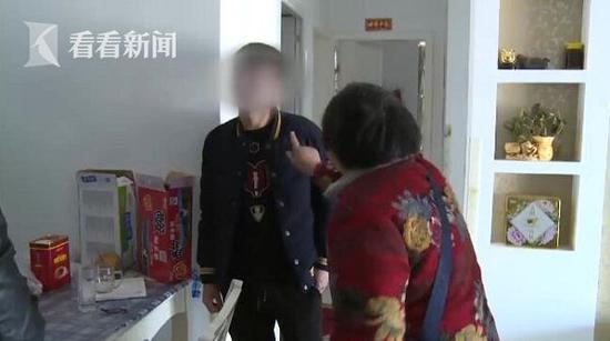 永州市最大的皮革批發市場了解到男子撞人逃逸母親狠批