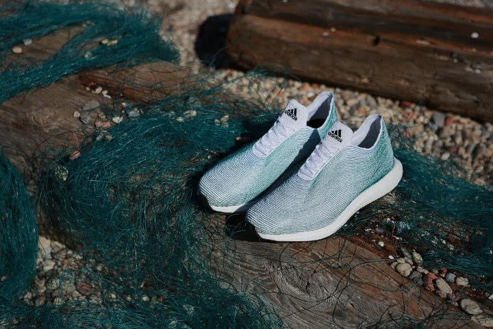 阿里地区最大的皮革面料批发市场网讯阿迪海洋垃圾造鞋