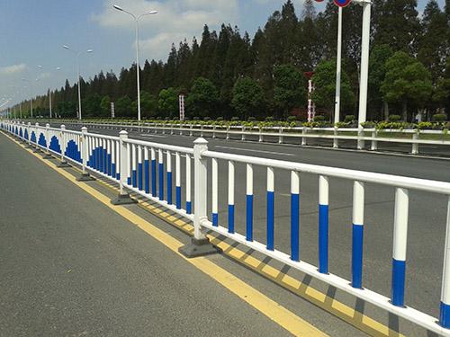 公路围栏案例