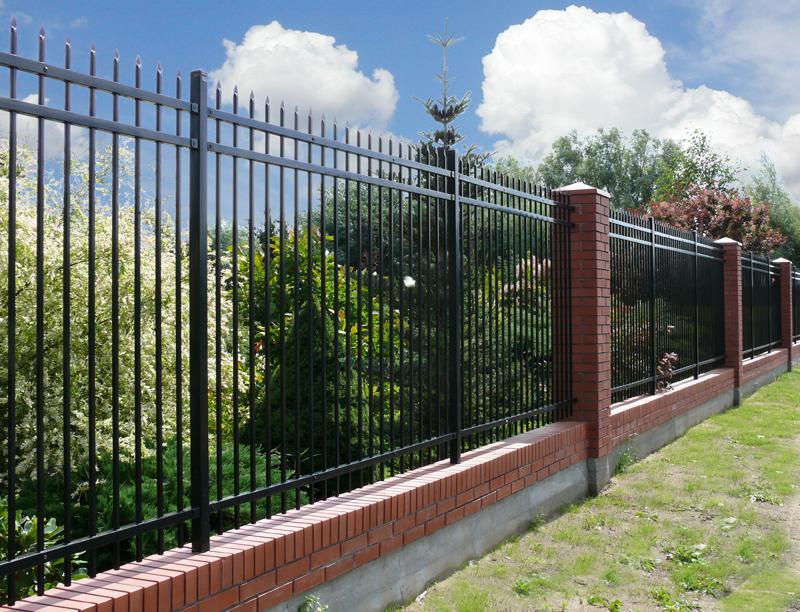 湖北锌钢阳台护栏常见的空间区别办法